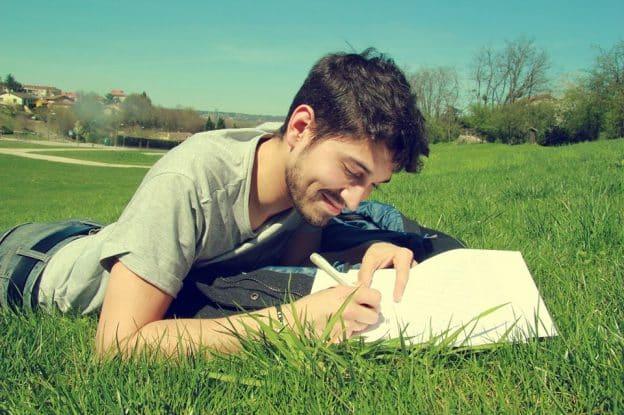 L'écriture thérapeutique aide à la guérison des maux