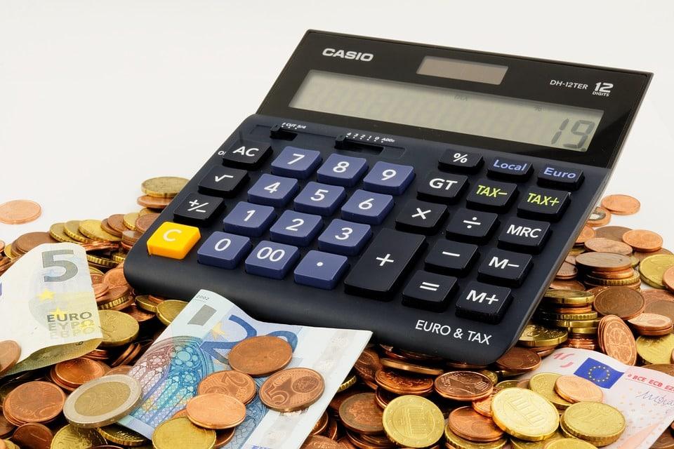 Citation Un conseil infaillible pour en finir avec les problèmes d'argent !