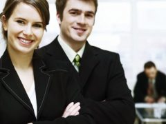 Business-People-Man-And-Women-Wallpaper-586x293