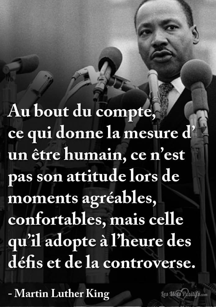 A L Heure Des Defis Et De La Controverse Citations Et Pensees
