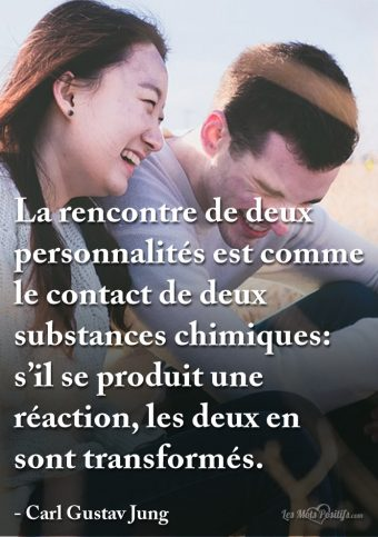 Le contact de deux substances chimiques