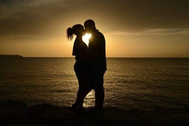 Comment Attirer l'Amour ? 5 Façons le plus pratiques.