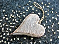 wooden-heart-3077104_1280