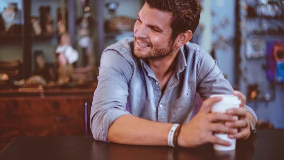 Pourquoi y a-t-il plus de personnes célibataires que jamais ?