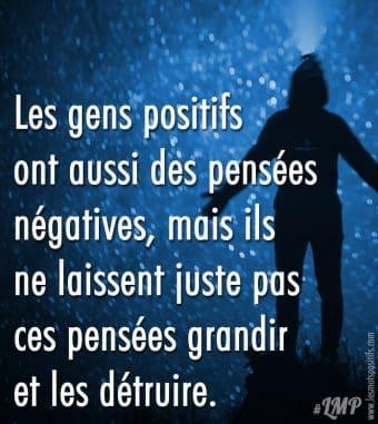 Les gens positifs  ont aussi des pensées négatives