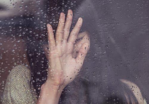 Rupture amoureuse et manque d'estime de soi : 4 conseils pour plus de confiance en soi.