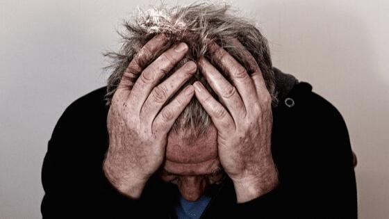 La vérité sur la maladie d'Alzheimer : les 10 signes à connaître !