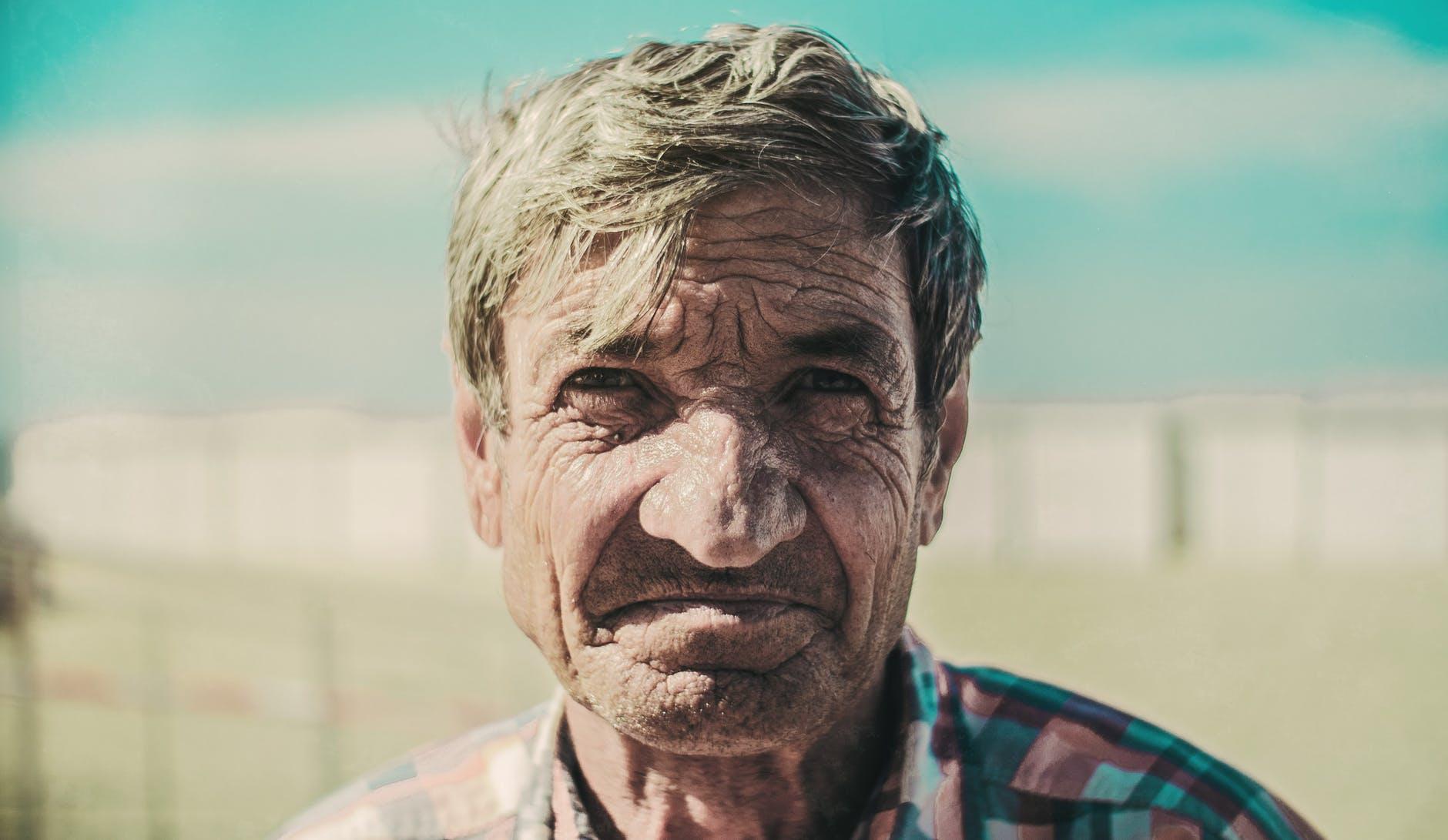 Citation À 72 ans, il perd 55 livres en 4 mois sans effort : la recette à suivre !