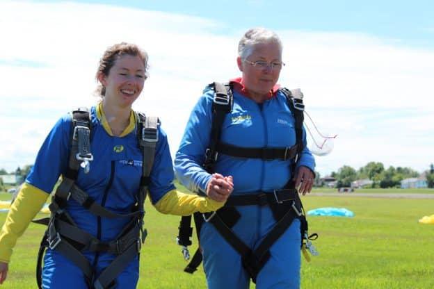 J'ai sorti de ma zone de confort, j'ai sauté en parachute.