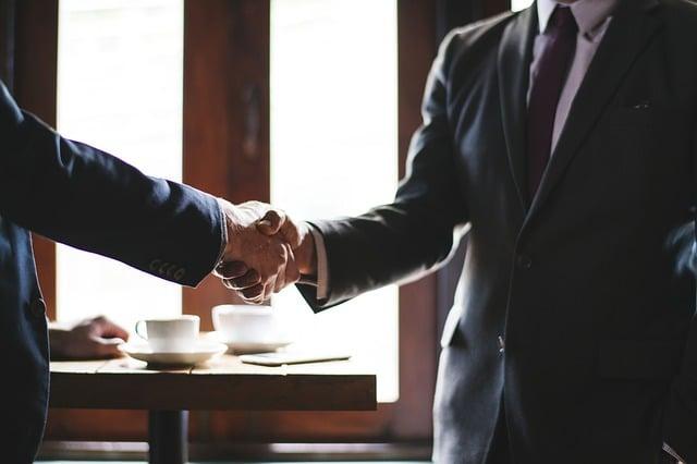 Citation Soyez plus intéressé par votre client que votre commission et vous aurez du succès !