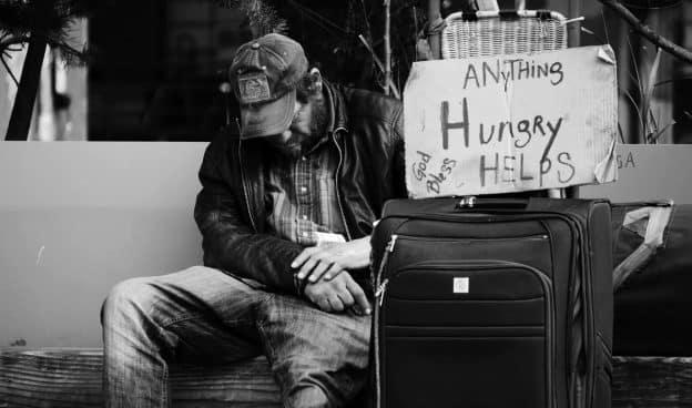 Pourquoi des personnes perdent de l'argent pendant une crise ?