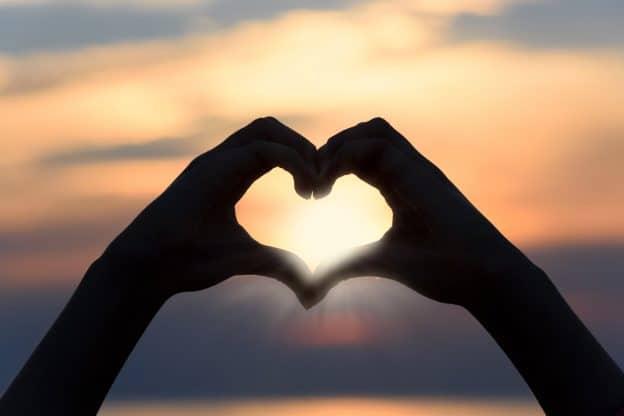 Et si l'amour était l'antidote à tout.