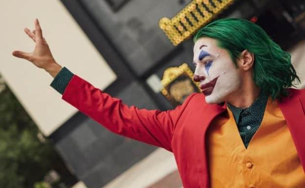 Le confinement des humains – L'attaque des clowns