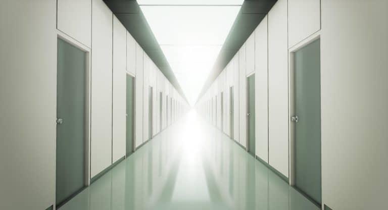 Et si ma vie n'était qu'un long couloir…