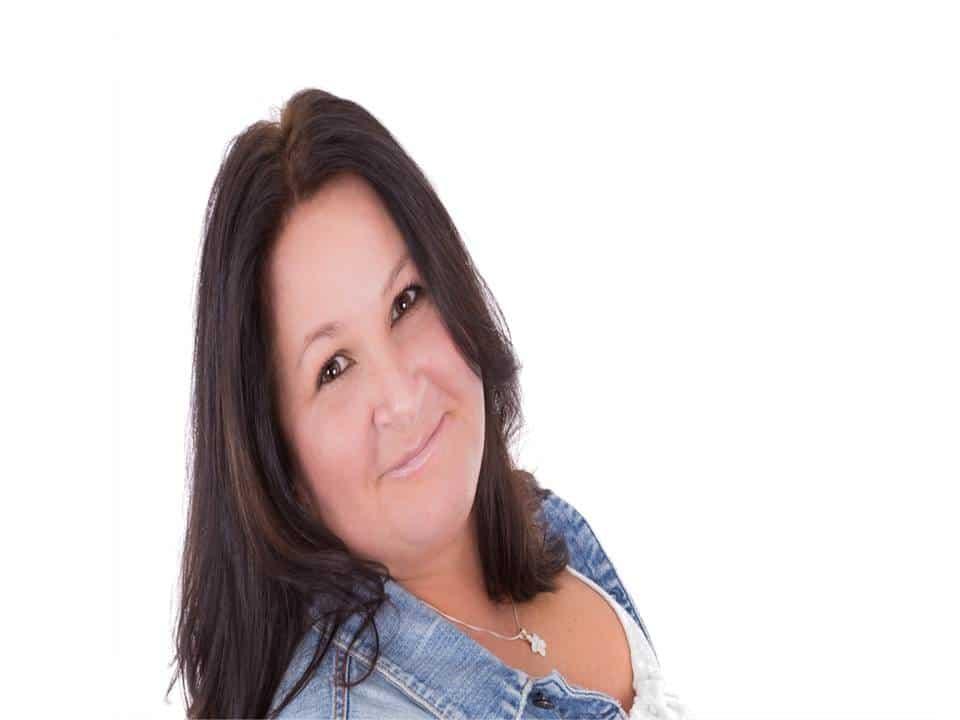 Lynda Bisson