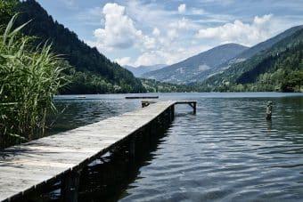 lake-4426212_960_720