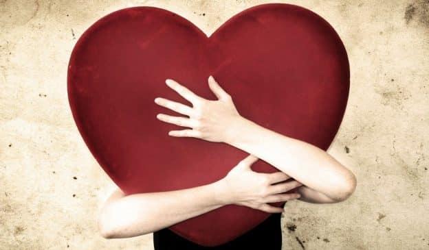 Aimer quand on est atypique et hypersensible : des mécanismes spéciaux à conscientiser !