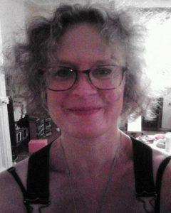 Moi, Géraldine Muller je suis votre écrivain-biographe à L'Encre au fil des jours