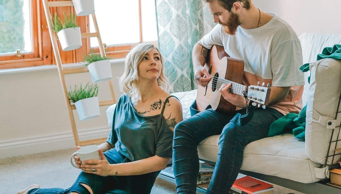 Citation L'amour et la musique – Nos 10 chansons d'amour qui ont touché notre âme.