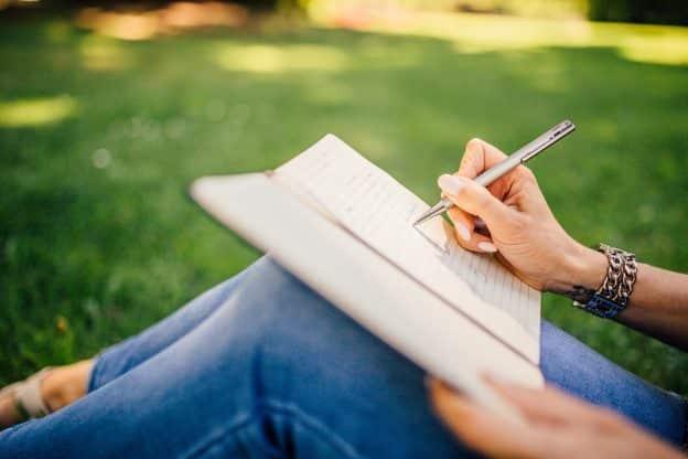 Le pouvoir de l'écriture pour se libérer de ses souffrances