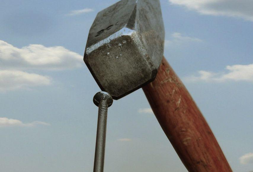 Citation Si tout ce que vous avez est un marteau, tout commence à ressembler à un clou