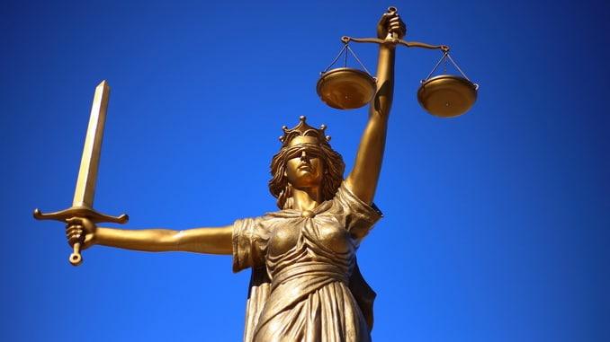 Citation Justice Humaine versus Justice Divine