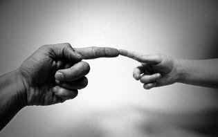 L'âme de l'enfant choisit ses parents pour les guérir